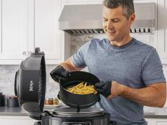 Takedown Skillet Packable Iron Cookware Cooking Gizmos