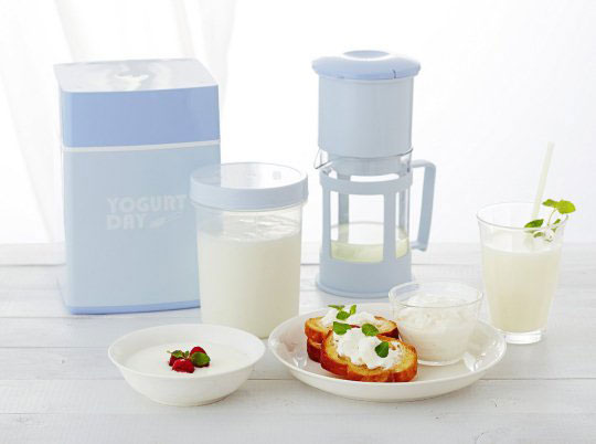 Yogurt-Day-Greek-Yogurt-Maker